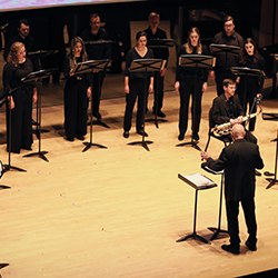 Donald Nally conducting Bienen Contemporary/Early Vocal Ensemble