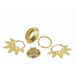 gold objects