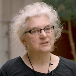 Suzan van der Lee